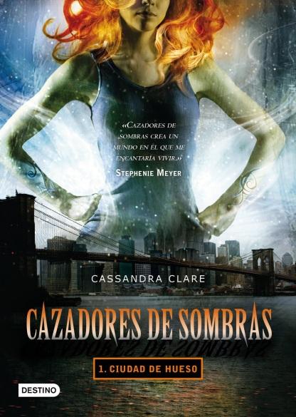 CAZADORES DE SOMBRAS - CIUDAD DE HUESO